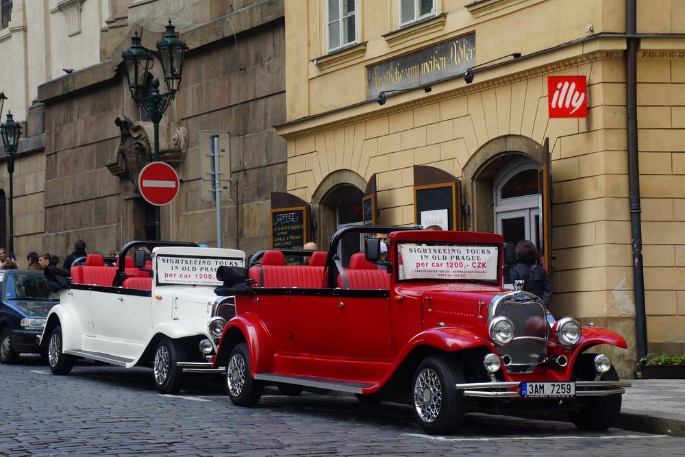 Luxury Car Tour