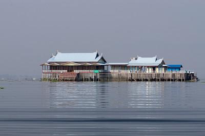 Jezero Inle