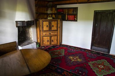 Dervišký klášter Dervišký klášter byl postaven v 16. století za vlády mostarského muftiho (muslimský učenec, který vykládá islámské právo šaríja) Ziyauddin-Ahmed ibni Mustafa