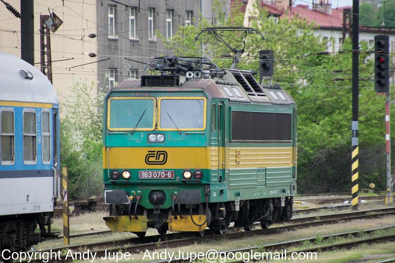 163070-6_a_Praha_Vršovice_Czech_Republic_01052015