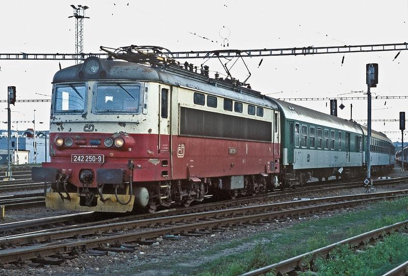 CD 242-250 leaves Ceske Budejovice with a northbound passenger service on 22 September 2005