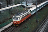 CD 242-246 runs into the platform at Brno Malomerice with a local passenger service on 6 November 2006 - some trains stop here while most shoot straight through; some sort of staff halt for the adjacent yard and depot I presume?