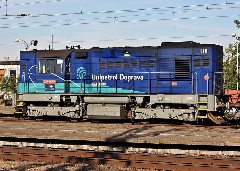 Unipetrol Doprava 740-690 pauses at Kralupy nad Vitavou as it runs round its train on 22 October 2010
