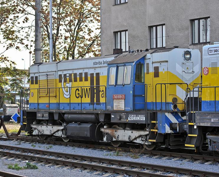 GJW Praha 740-619 stabled at Kolin on 23 October 2010