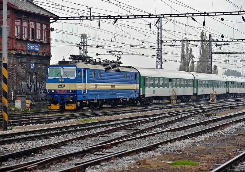 CD 362-123 arrives at Brno on 24 October 2010