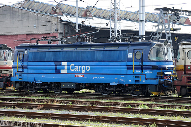CD 230-105 has a nice bright coat of new paint as it sits in the depot sidings