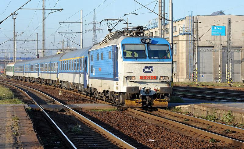 In the early morning light CD 151-008 arrives at Ostrava on 30 September 2011