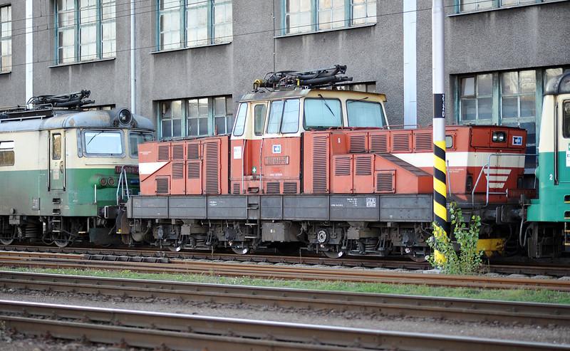 CD Cargo 110-044 outside the depot at Ostrava on 28 September 2011