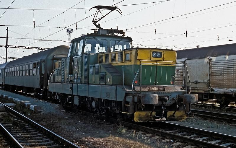 CSD 110-020 is station pilot at Ceske Trebova on 30 October 1991