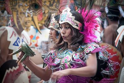 Bailarina Azteca