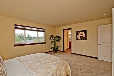 bedroom master 1b