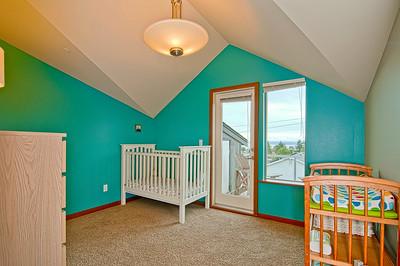 bedroom 3rd flr