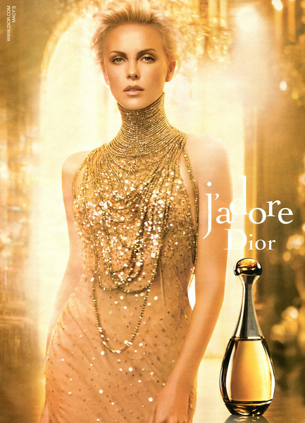 "J'Adore DIOR Eau de Parfum 2013 US (Macy's stores)<br /> <br /> MODEL: Charlize Theron, PHOTO: Darius Khonji, STILL LIFE PHOTO: Eric Maillet<br /> <br /> TV COMMERCIAL: <a href=""https://www.youtube.com/watch?v=_YOM67do6Us&index=3&list=PLBEBQhd7qs7uN4w_29-8KPHmvLxF6t0lT"">https://www.youtube.com/watch?v=_YOM67do6Us&index=3&list=PLBEBQhd7qs7uN4w_29-8KPHmvLxF6t0lT</a>"