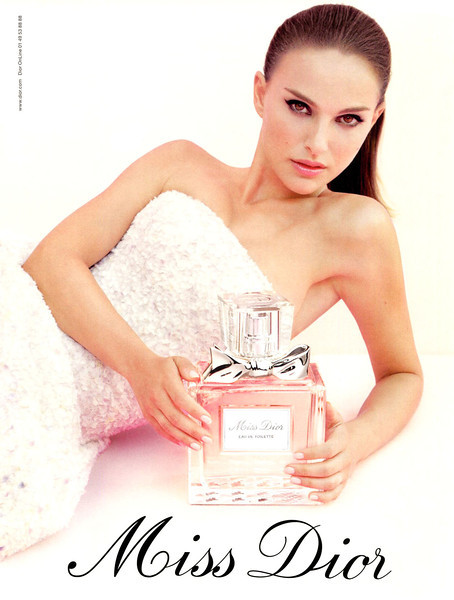 Miss DIOR Eau de Toilette 2013 France <br /> MODEL: Natalie Portman, PHOTO: Tim Walker, DRESS: Raf Simons (Dior)