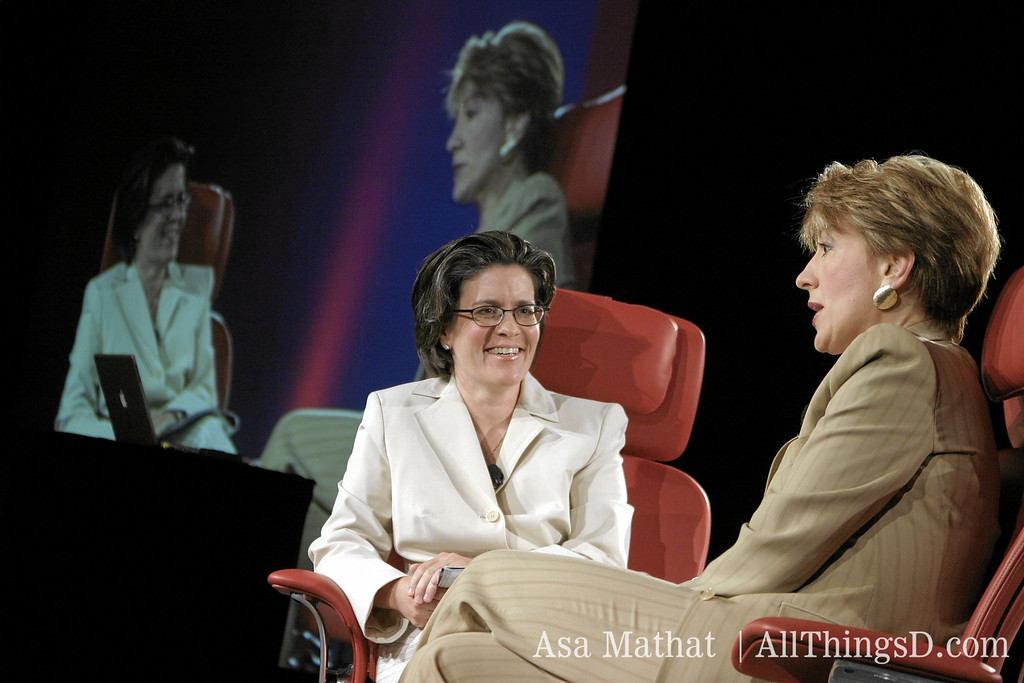 Kara Swisher and Carly Fiorina at D2 in 2004.