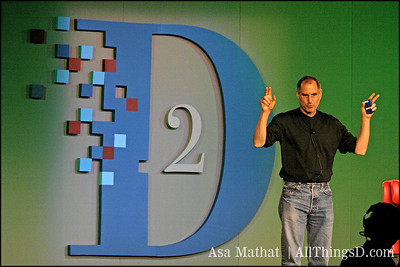 Steve Jobs onstage at D2.