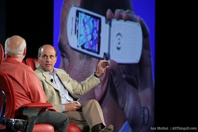 Walt interviews Ed Zander, CEO of Motorola.