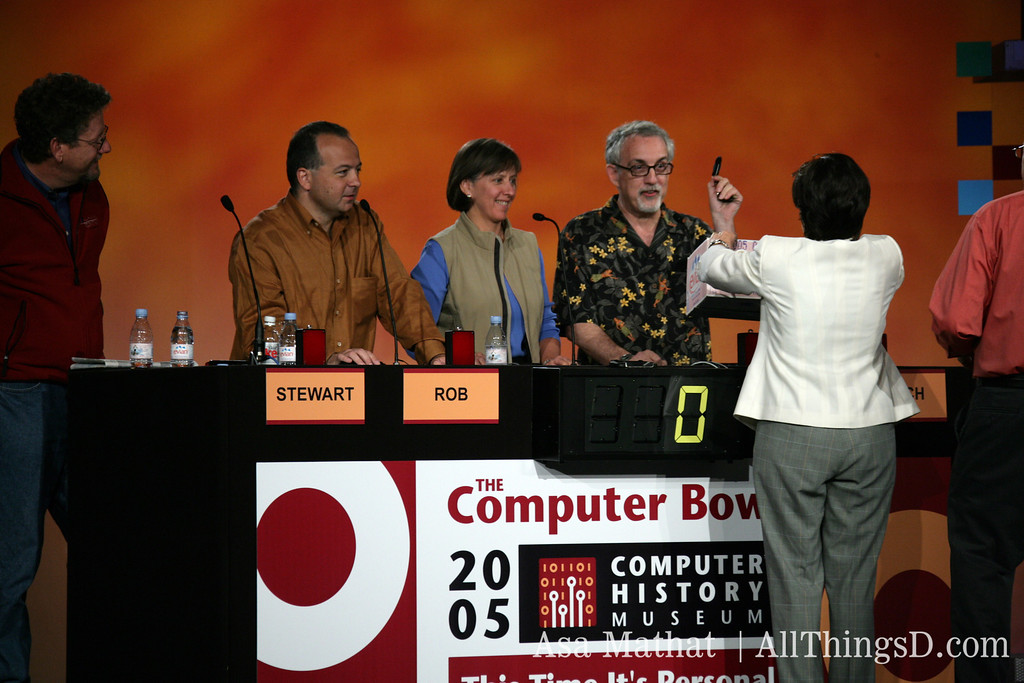 computer bowl stage 093