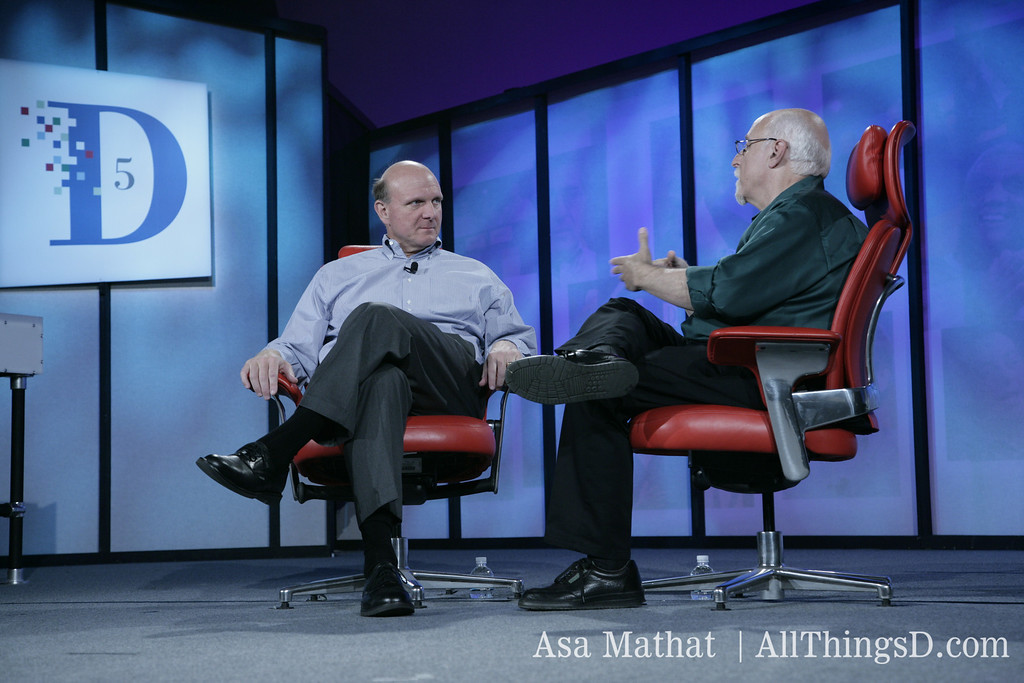 Walt Mossberg interviews Microsoft CEO Steve Ballmer at D5 in 2007.
