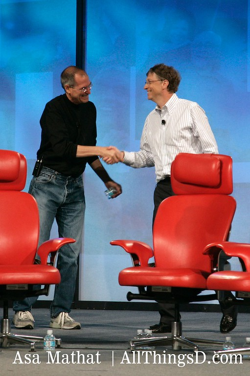 Steve Jobs and Bill Gates greet each other as they walk on stage at D5