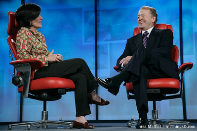 Kara Swisher and John Chambers at D5