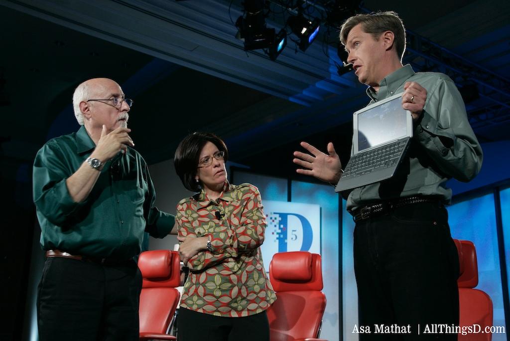 Hawkins talks to Walt and Kara about the Palm Foleo