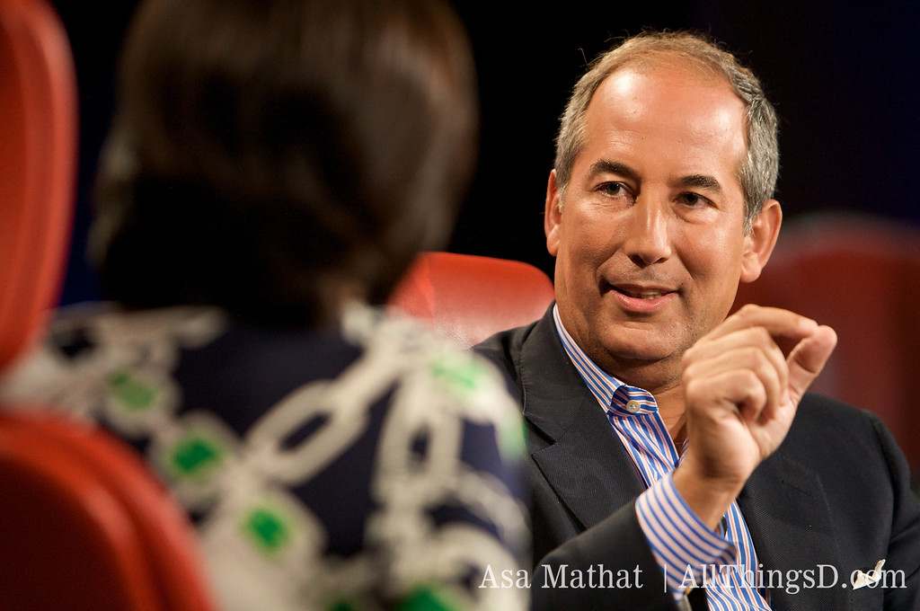 Kara interviews Tom Glocer, CEO of Thomson Reuters.