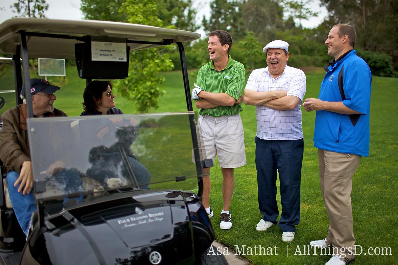 Walt and Kara provide a few key golf tips.