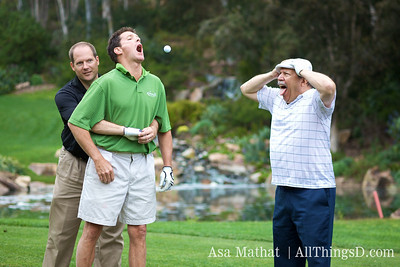 Golfing can be dangerous; good thing techies know the Heimlich.