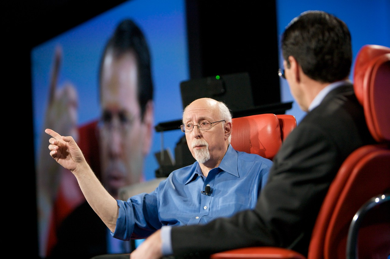 Walt Mossberg and Randall Stephenson, onstage at D7.