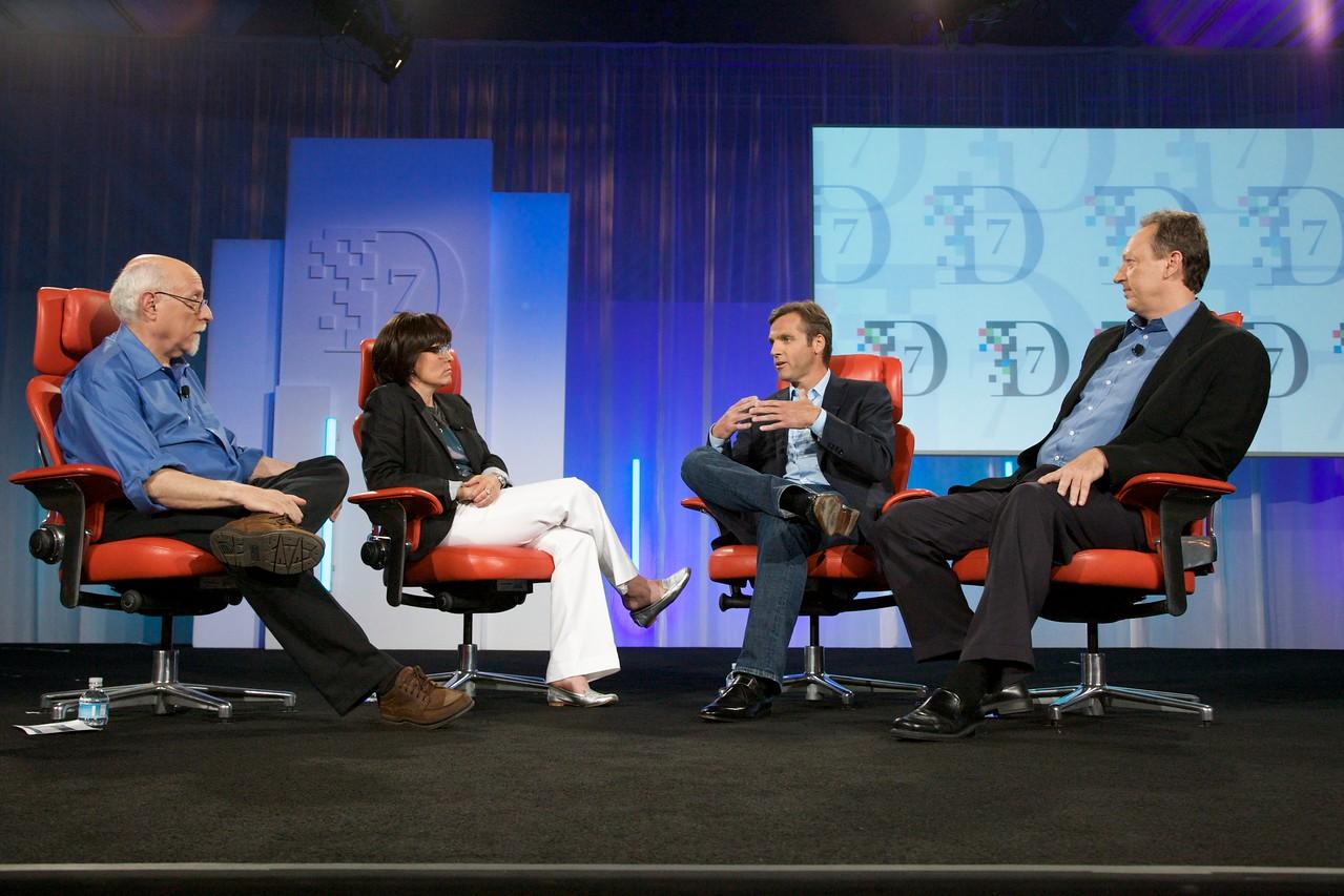 Walt Mossberg and Kara Swisher interview Owen Van Natta of MySpace and Jon Miller of News Corp. at D7.