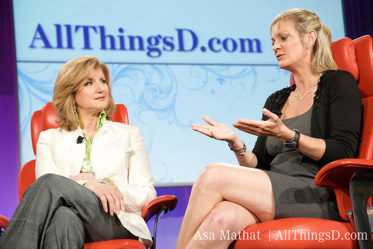 Arianna Huffington and Katharine Weymouth,