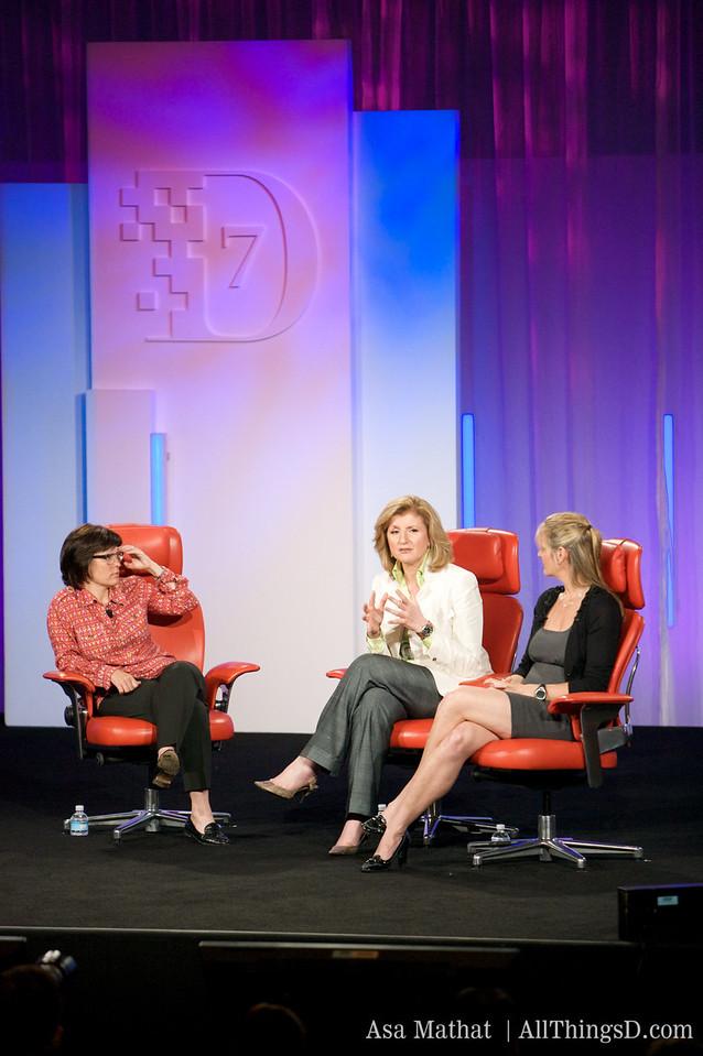 Kara, Arianna, and Katharine at D7.
