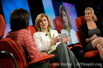 Kara Swisher interviews Arianna Huffington and Katharine Weymouth for the old/new media session.