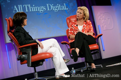 Carol Bartz, CEO of Yahoo, is interviewed at D7 by Kara Swisher.