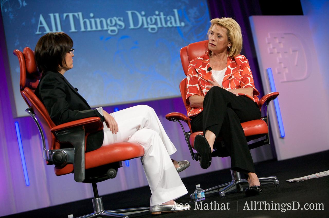 Carol Bartz, CEO of Yahoo, is interviewed at D7 by Kara Swisher.