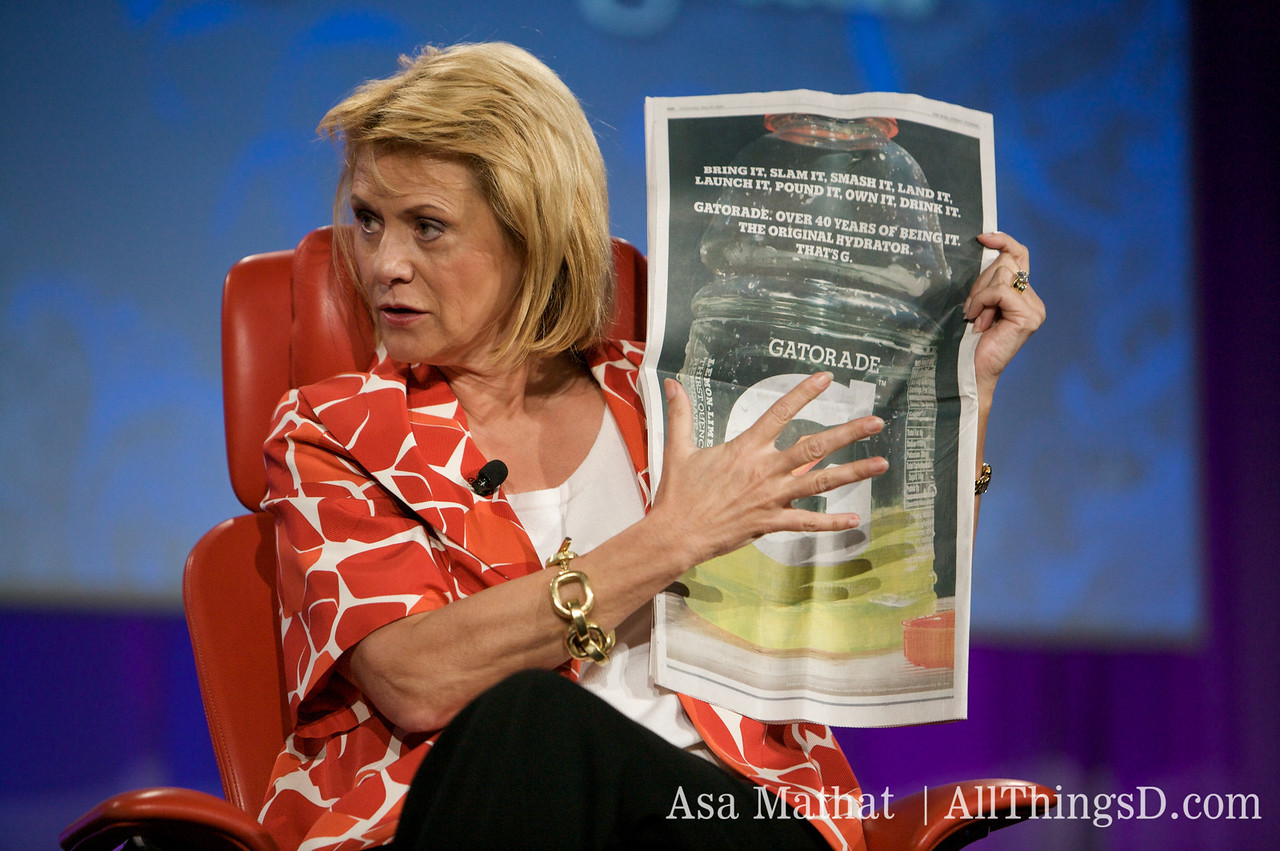 Carol Bartz believes Yahoo Sports is a better place for advertisers than the Wall Street Journal.