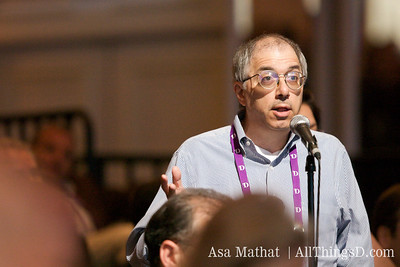 Steven Levy of Newsweek asks a question during the D7 conference.