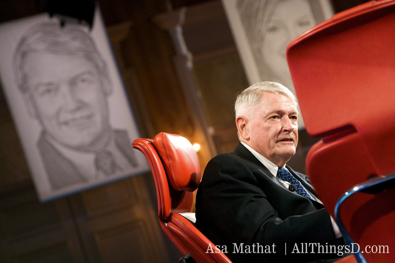 John Malone, chairman of Liberty Media, with his WSJ dot drawing.