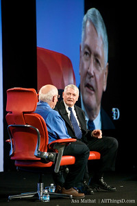 Walt Mossberg interviews John Malone, chairman of Liberty Media.
