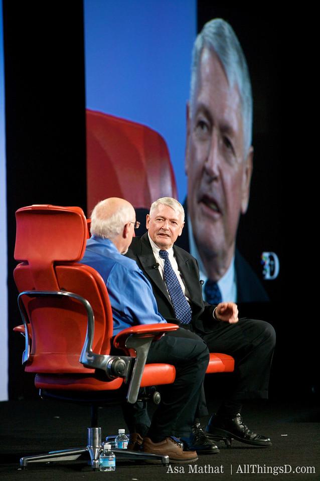 Walt Mossberg interviews John Malone, chairman of Liberty Media.