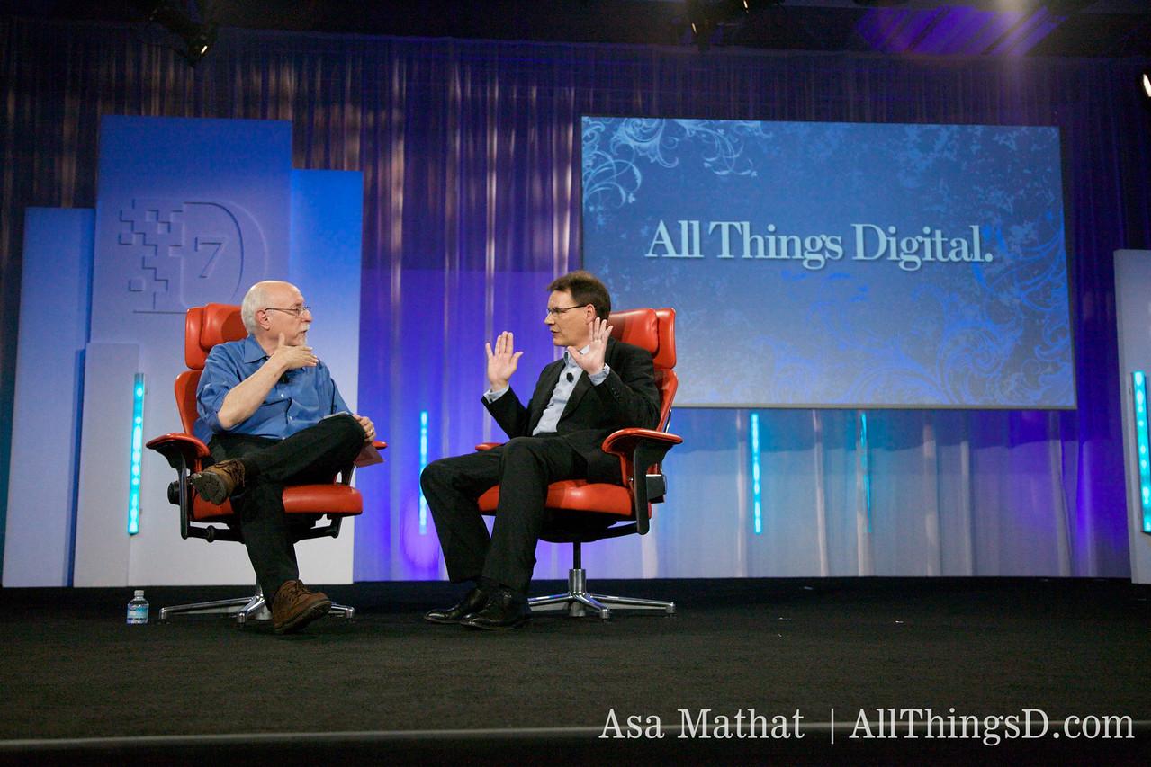 Walt and Nokia CEO Olli-Pekka Kallsvuo.