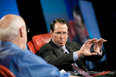 Randall Stephenson answers Walt's question.