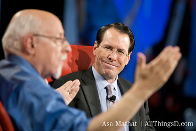 Walt Mossberg and AT&T's Randall Stephenson.