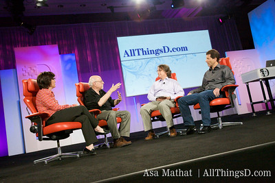 Kara and Walt interview Elevation Partner's Roger McNamee and Palm's Jon Rubinstein at D7.