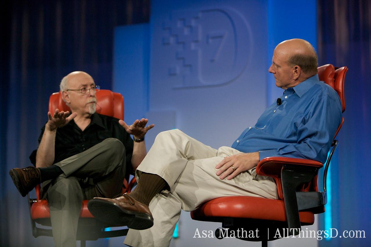 Walt interviews Steve Ballmer on-stage at D7.