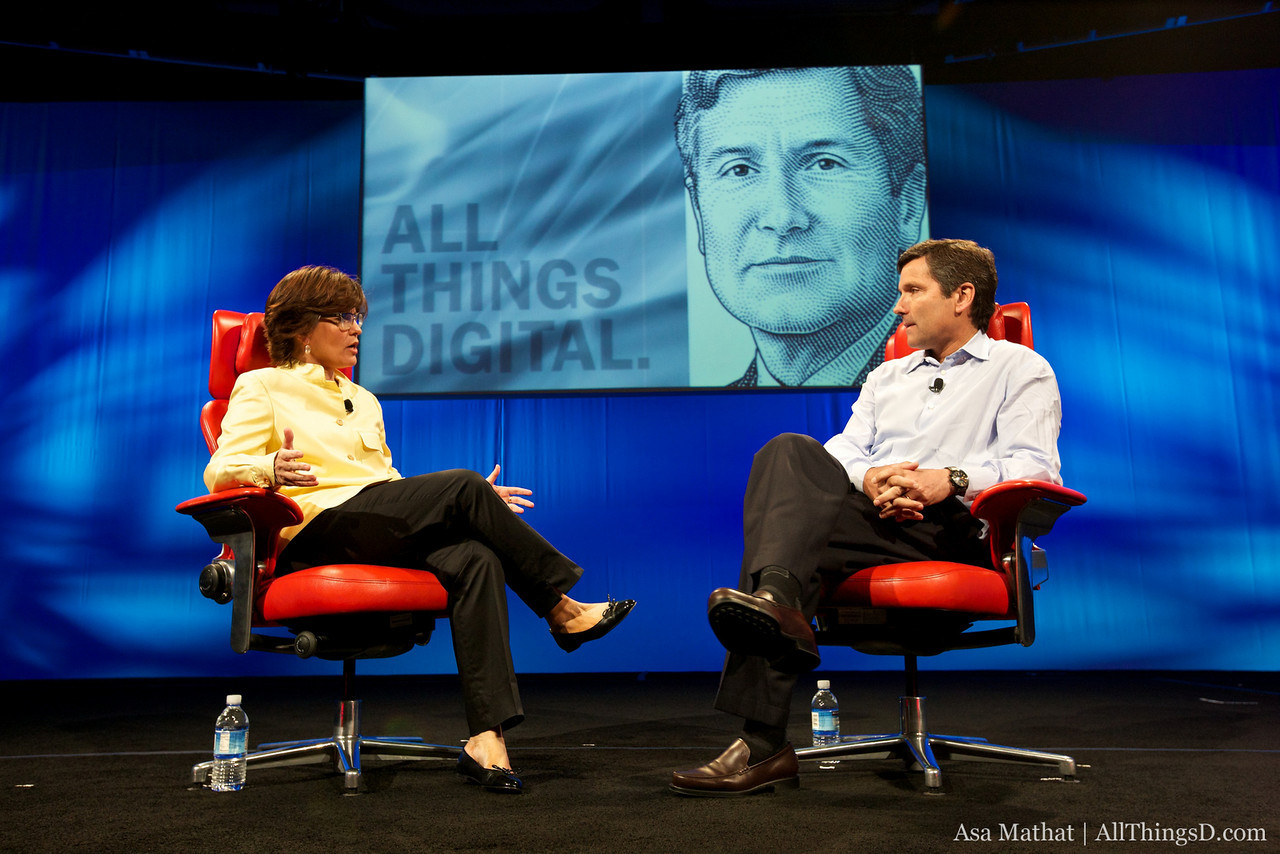 Kara Swisher interviews Steve Burke, COO of Comcast.