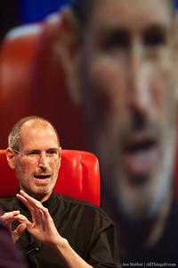 Steve Jobs talks about the genesis of the iPad.