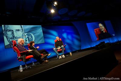 Steve Jobs sits down with All Things Digital's Walt Mossberg and Kara Swisher.