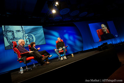 Steve Jobs sits down with All Things Digital's Walt Mossberg and Kara Swisher.